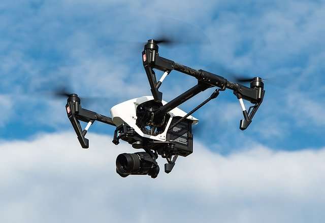 Piloti droni